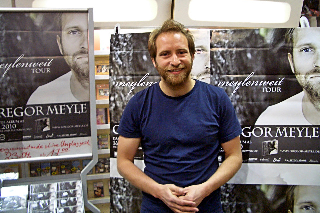 bild galerie gregor meyle instore tour im april 2010. Black Bedroom Furniture Sets. Home Design Ideas