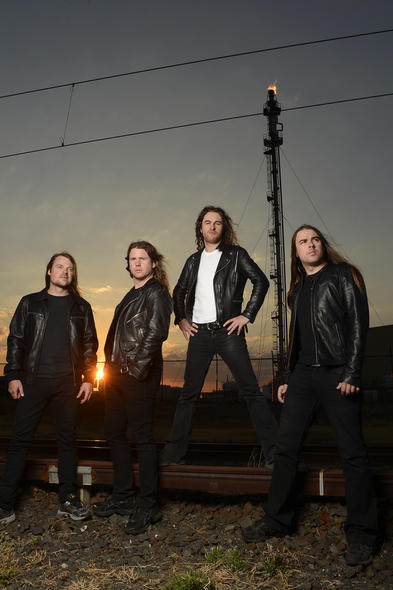 Autogrammstunde mit Airbourne am 05.11. um 14:30 bei CD Lounge Georg Kruse in Darmstadt!