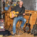 Robert Carl Blank bei Smile Records in Buchholz (© FotoKettwig)